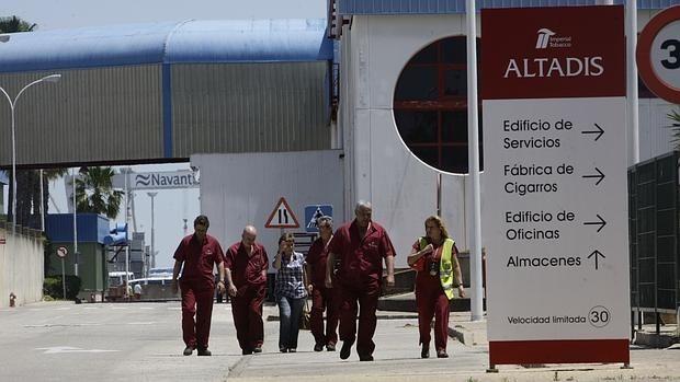La prohibición de fumar de Daesh en Irak y Siria arruina a Altadis