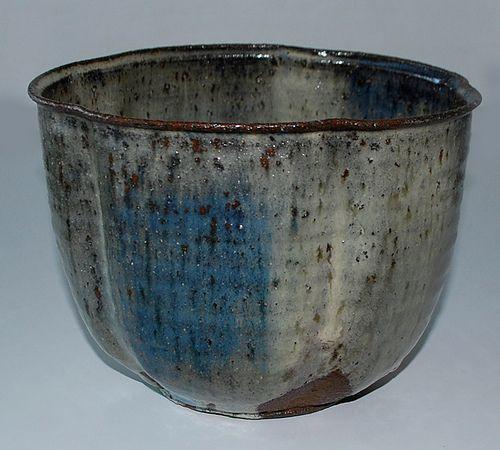 Gutte Eriksen, Denmark, large bowl in stoneware from own studio.