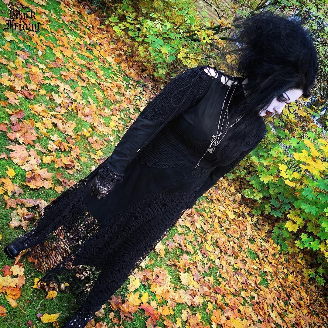 Instagram | Goth fashion punk, Goth model, Gothic outfits
