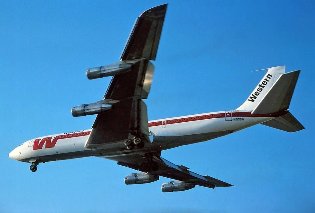 DPTS Association - VIP Airplanes from Libya |Libyan Airlines Cargo Boeing 707