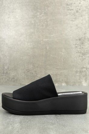 512c01f552f Steve Madden Slinky Black Platform Slide Sandals 1
