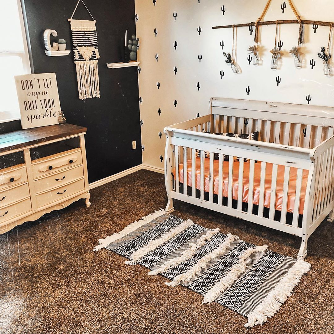 Happy Monday!! Here Is Another Room Transformation For Ya! This Was My Little Girls Room. I Kept This Roo… | Little Girl Rooms, Toddler Girl Room, Nursery Baby Room