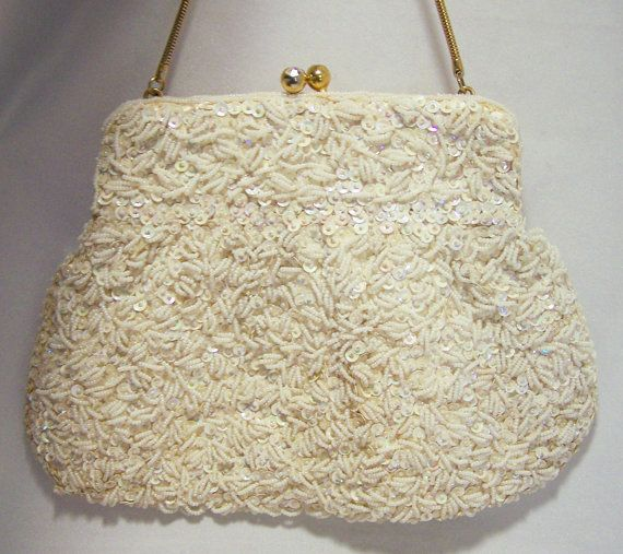 La Regale White Sequin and Glass Seed Bead Purse Wedding Bridal Mid Century Era 116DGZ