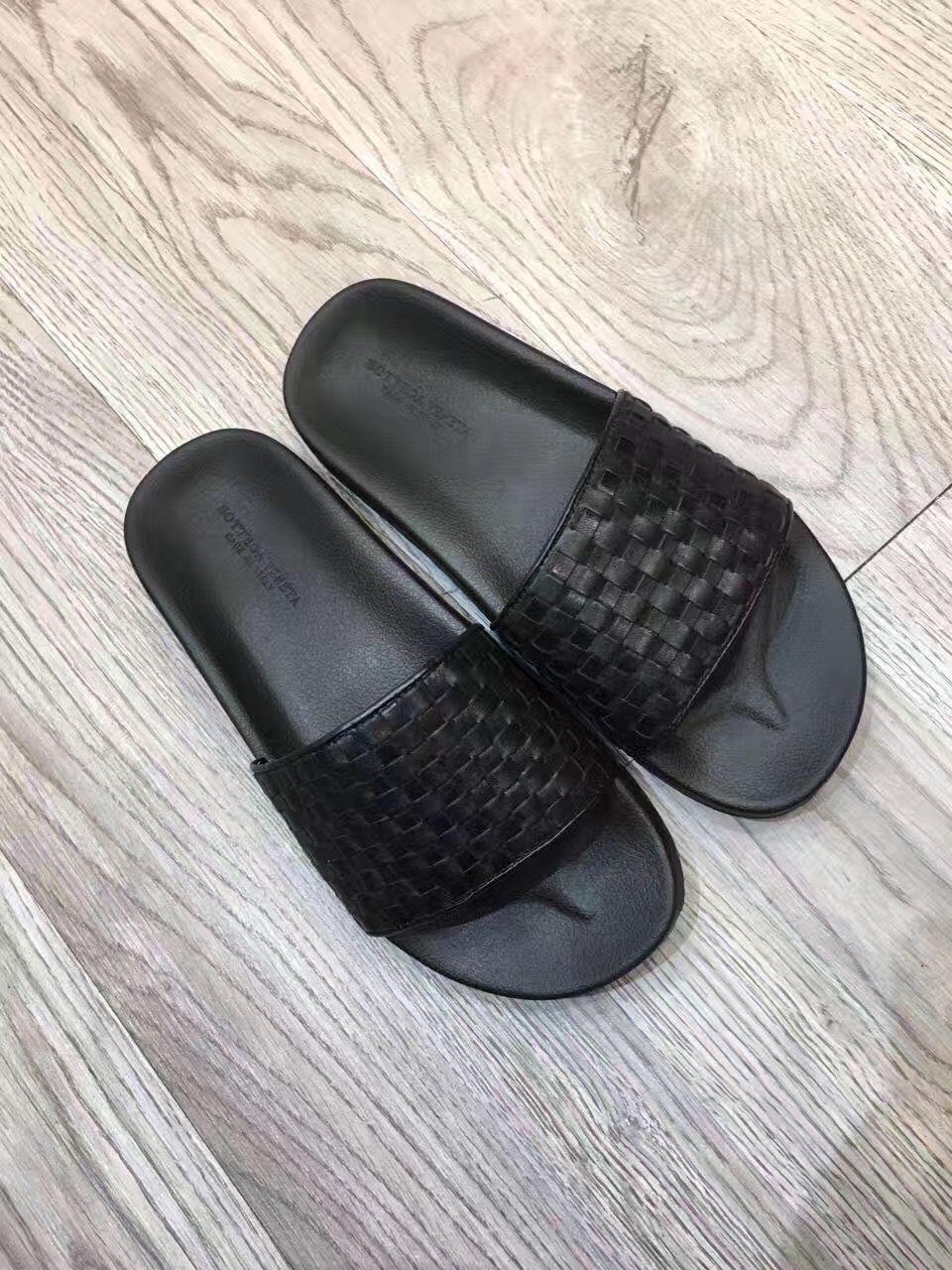 ccca17f9c2f7 Bottega Veneta man shoes weave leather slippers slides