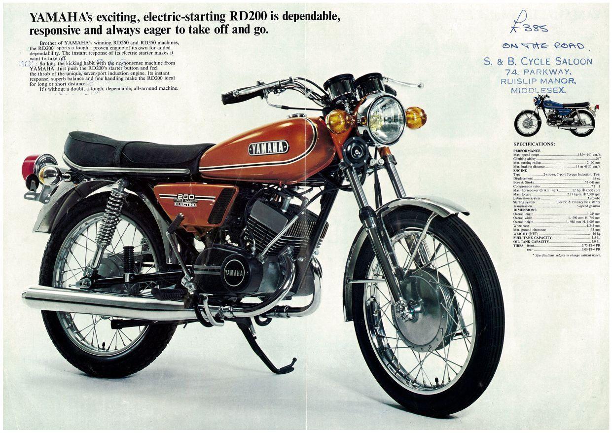 Yamaha Brochure Rd200 Rd200a 1974 Sales Catalog Repro Gold Yamaha Motorbikes Japanese Motorcycle Yamaha Motorcycles Sports