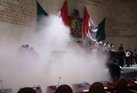 Gloobalteam Sesion En El Congreso De Oaxaca Termina En Trifulc