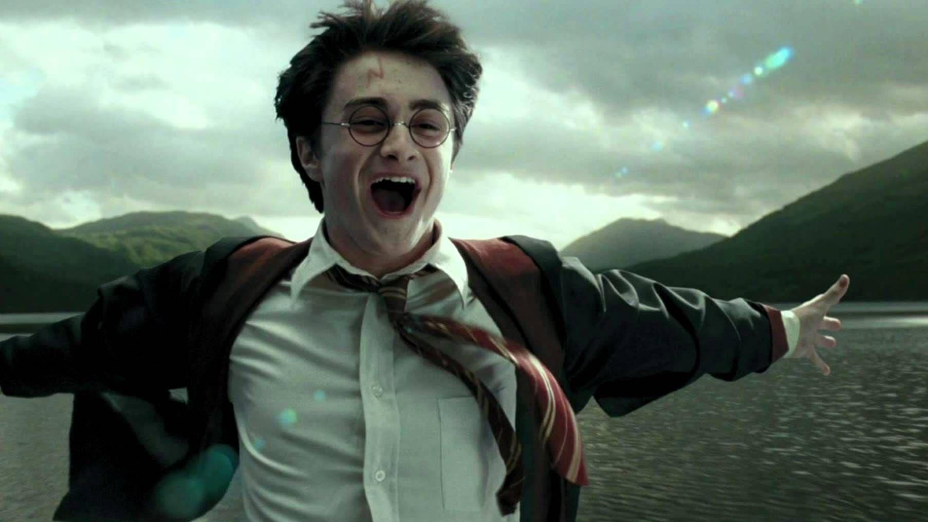 Harry Potter Und Der Gefangene Von Askaban 2004 Ganzer Film Deutsch Komplett Kino Wahrend Die Abscheuliche Tante Magda Uber Den Nachthimmel Schwebt Kehrt Media