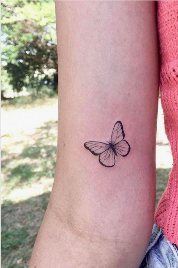20 Simple And Beautiful Butterfly Tattoos Mainly For Your Fingers Backs And Arms In 2020 With Images Tiny Tattoos For Girls Wrist Tattoos For Women Wrist Tattoos