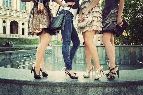 Fashion Friends And Outfits Image On We Heart It