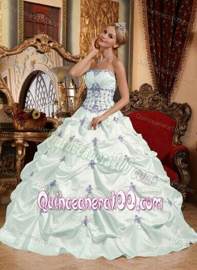 beautiful purple and white quinceanera or sweet 16 dress ...