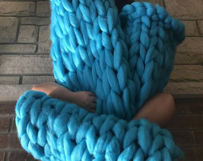 Chunky Knit Throw Blanket Pattern (Arm Knitting) | Patrones de ...