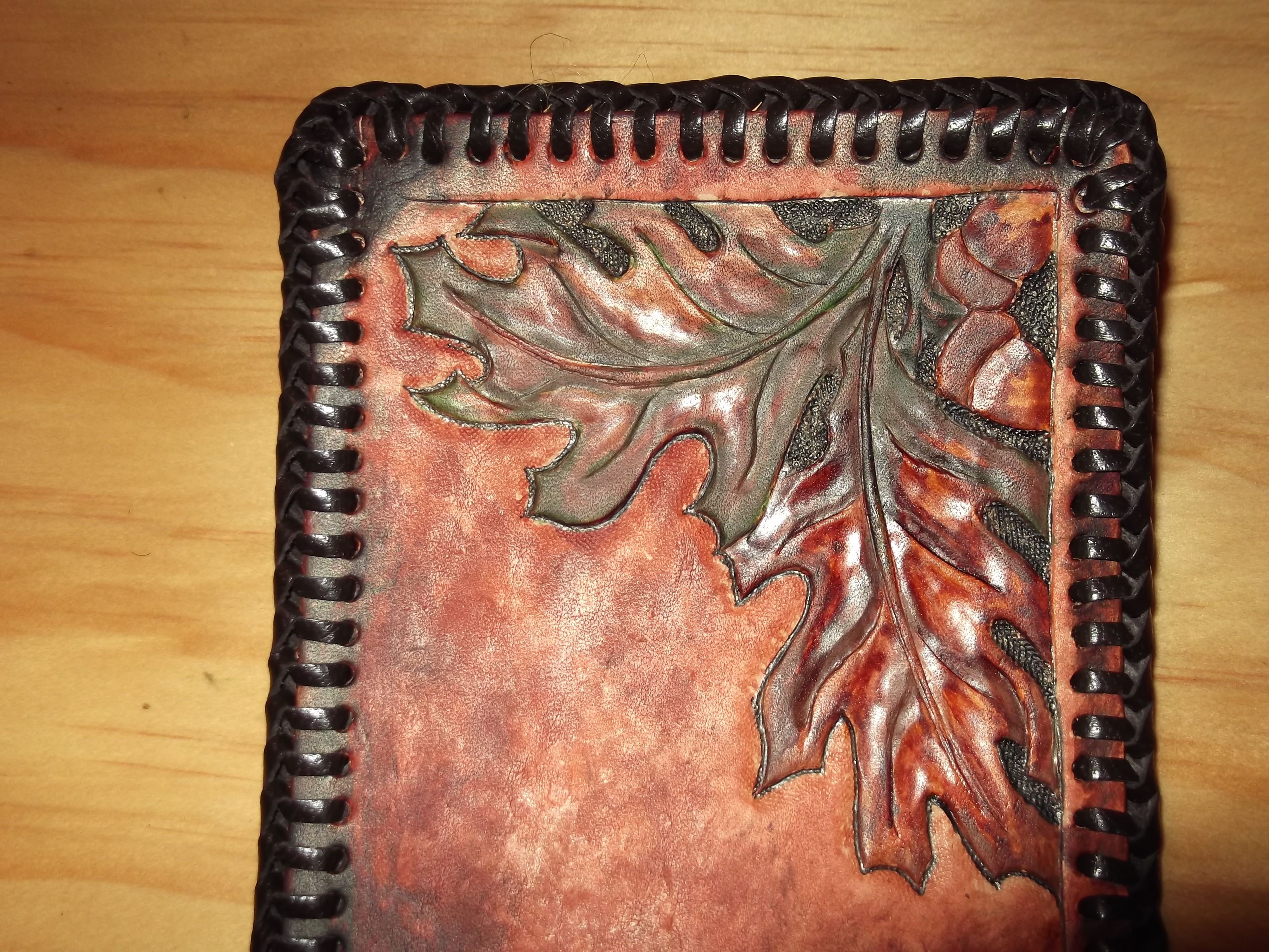 oak leaf patterned wallet