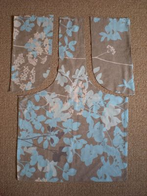 growmama: Tutorial - vintage pillowcase to bag Up cycle an old pillow case into a shopping tote! & How to turn a pillowcase into a reusable bag. Great idea! They can ... pillowsntoast.com