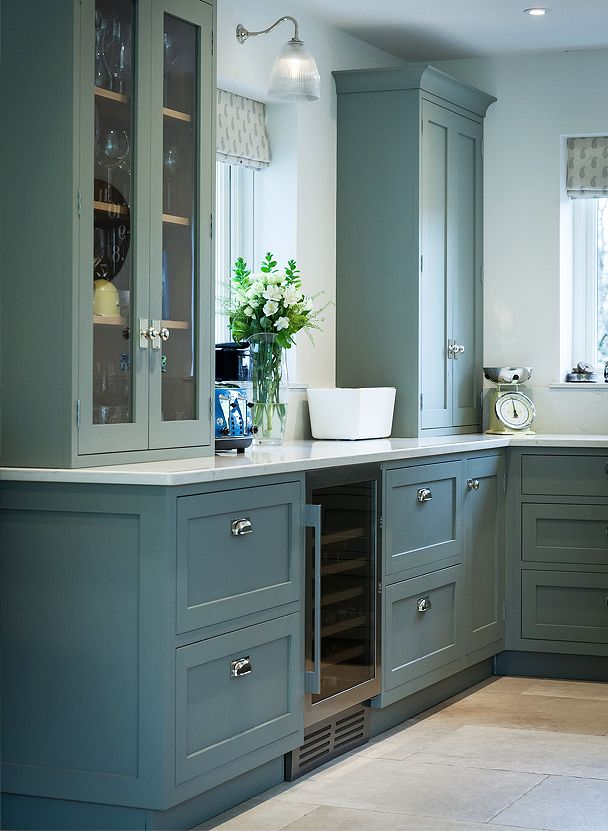 Serene Sage Green Kitchen - Worktops in Classic Quartz ...