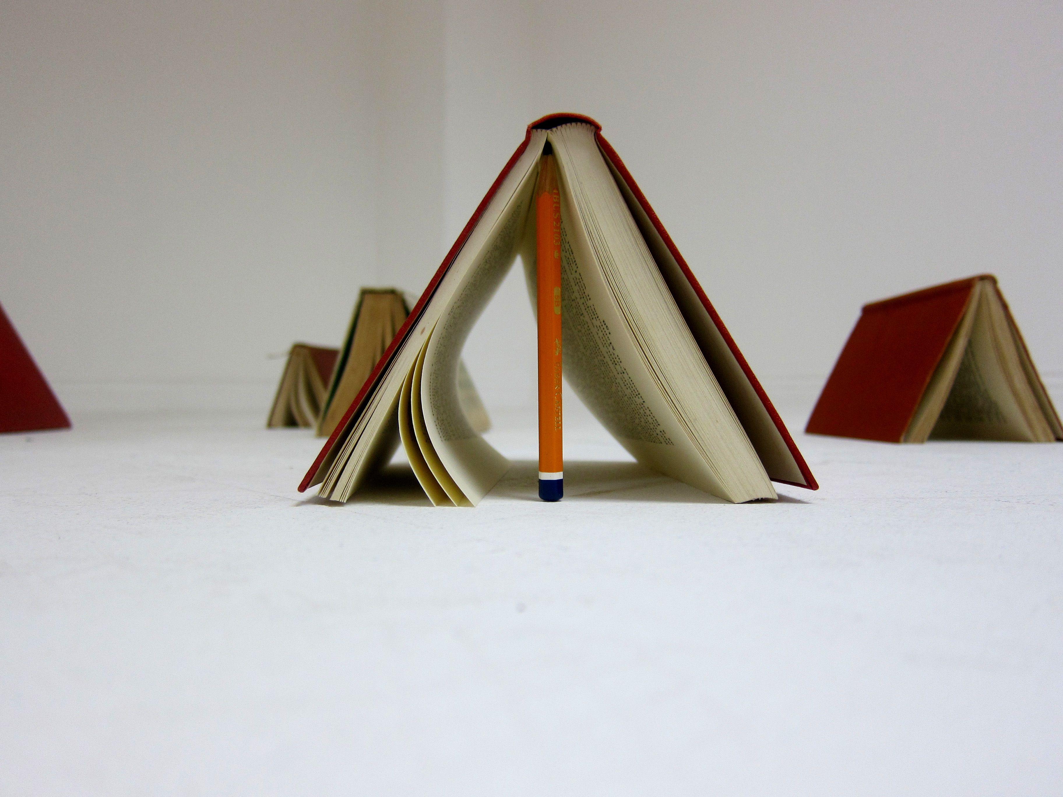 book-tents-close-up.jpg 3648×2736 pixels & book-tents-close-up.jpg 3648×2736 pixels | MOODBOARD ...