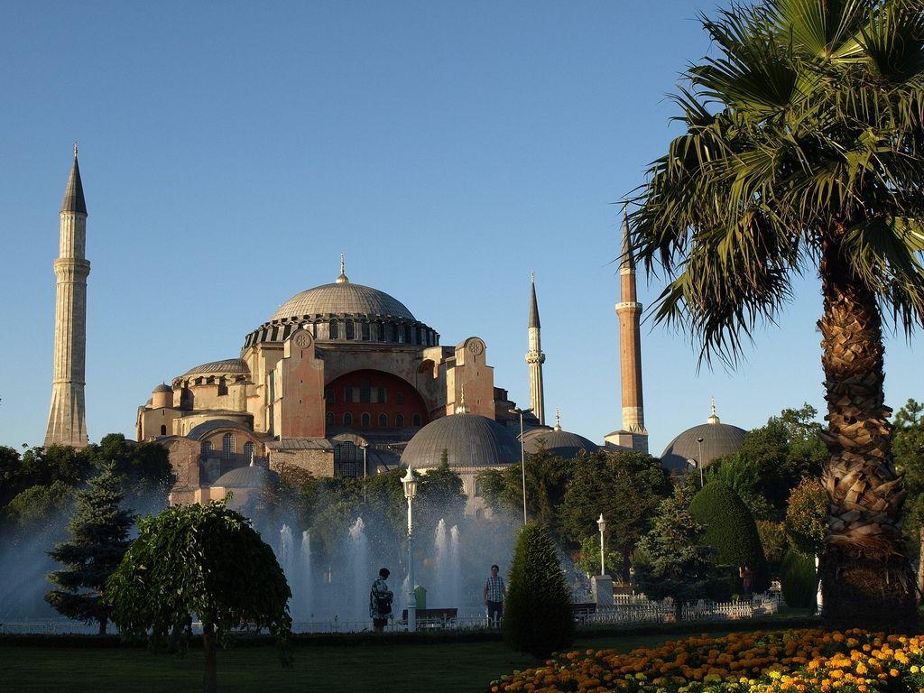 Hagia Sophia Istanbul Turkey Hagia Sophia Beautiful Mosques Istanbul
