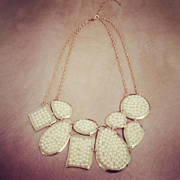 A gente ama maxi colar de pérolas!!!   #maxicolar #perolas #trend