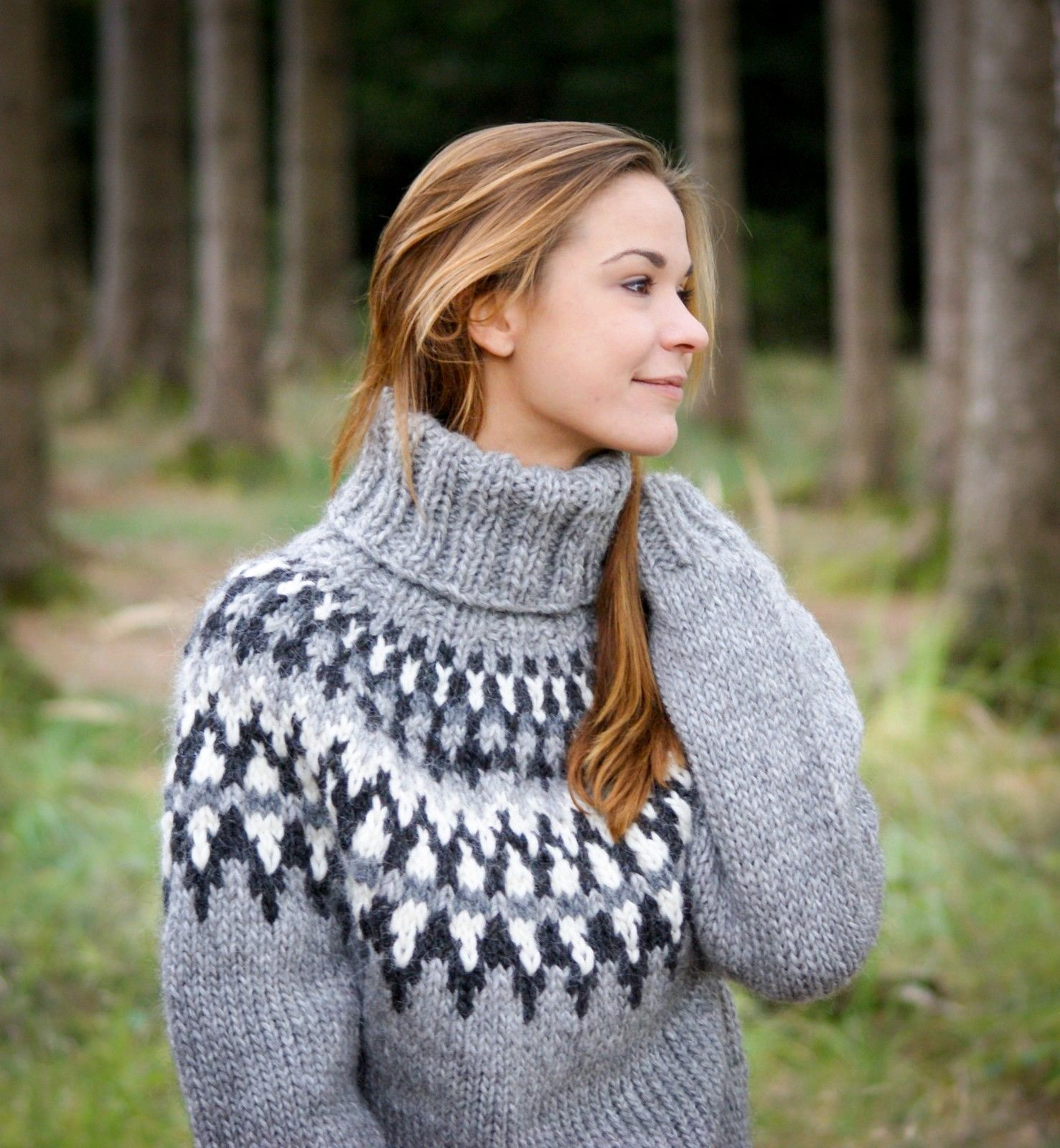 New I just love this turtleneck Icelandic Lopi sweater, super thick  UF76