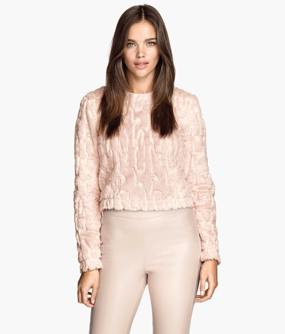 Short pastel pink top in soft faux fur, with sequin embroidery & long sleeves. | H&M Pastels