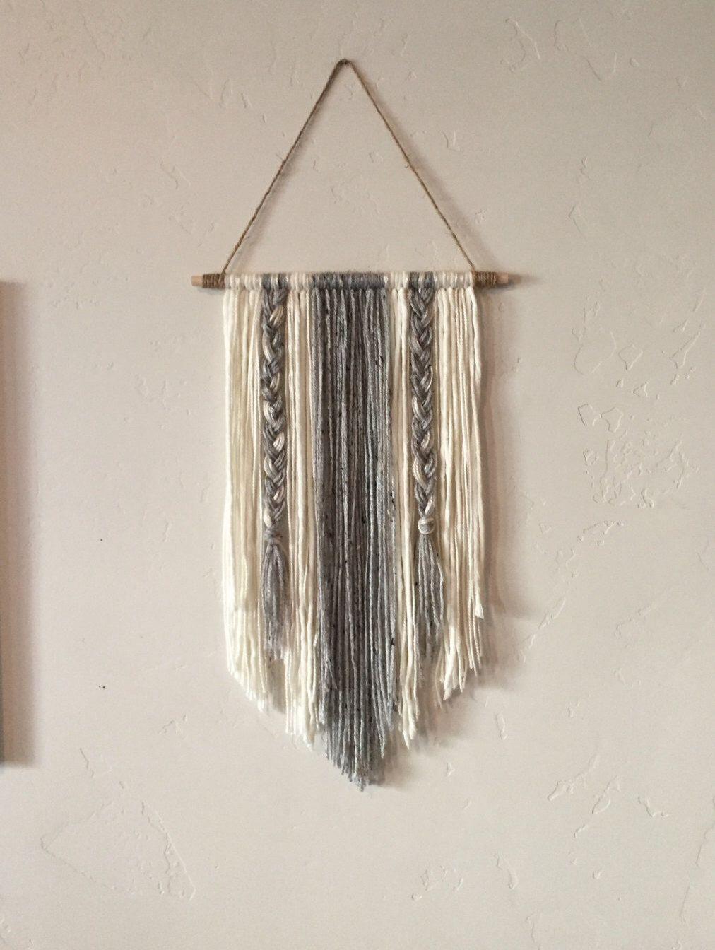 Modern Yarn Wall Hanging Gray And Ivory Etsy Yarn Wall Hanging Yarn Wall Art Yarn Diy