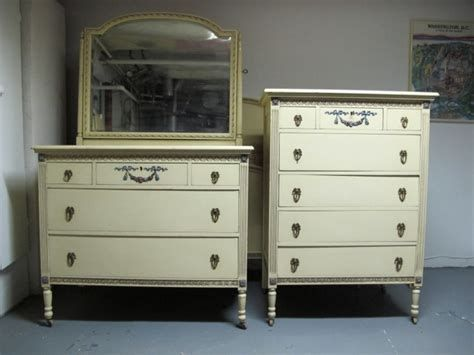 Northern Furniture Company Bedroom Set