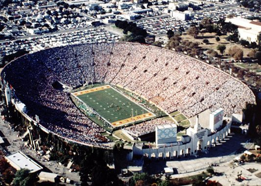 Los Angeles Coliseum I Cheered Here For A Hs Football Championship Game Sports Arena Football Stadiums Hs Football