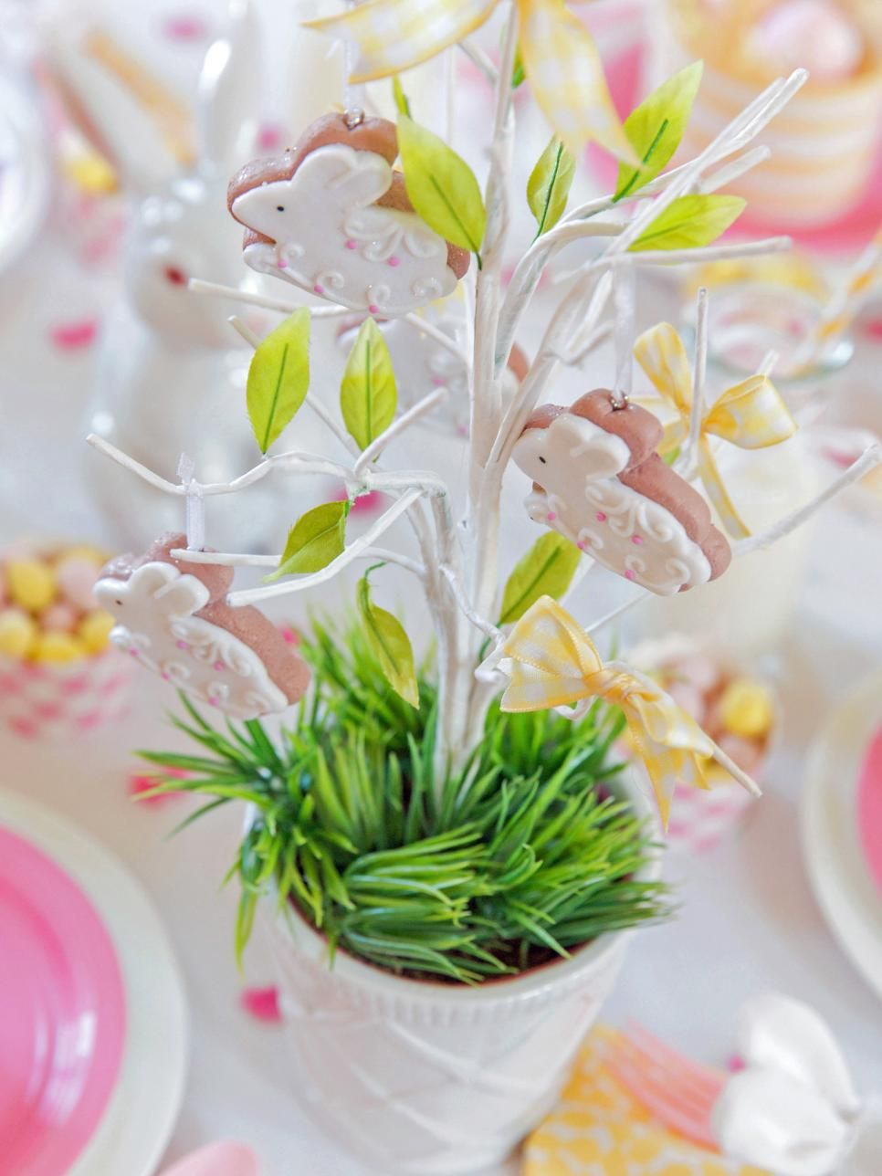 Throw an Easter Dinner Party   Easter brunch table, Easter ...