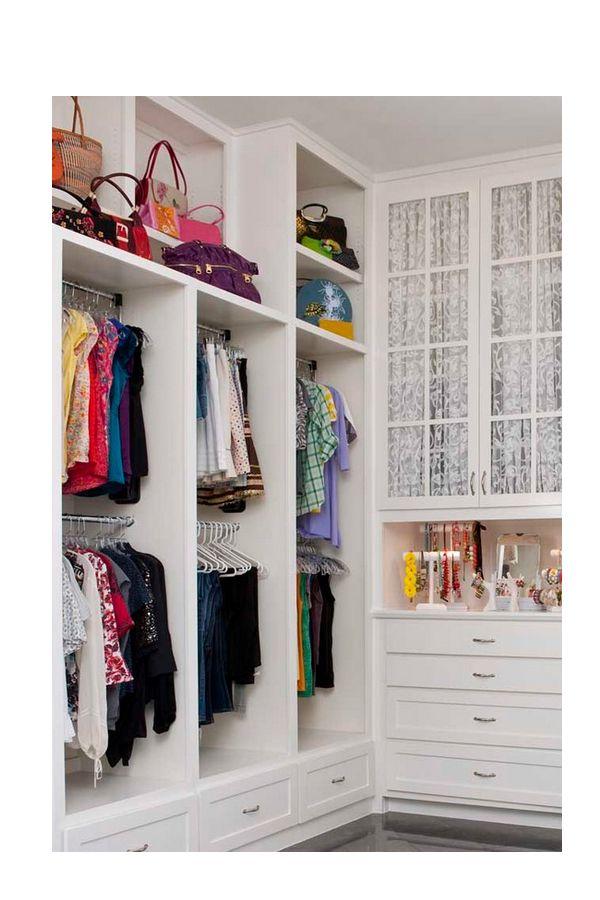 Closet para varios ni os 2 entrepa os 2 colgadores 1 for Ideas para puertas de closet