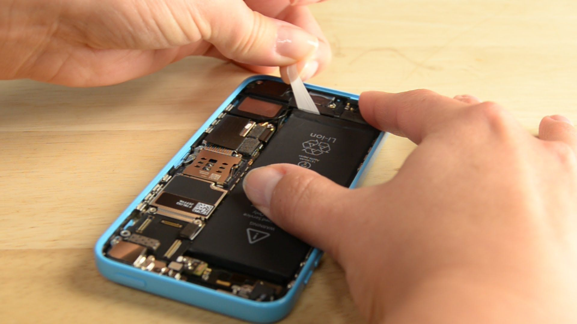 How to replace the battery in your iphone 5c iphone