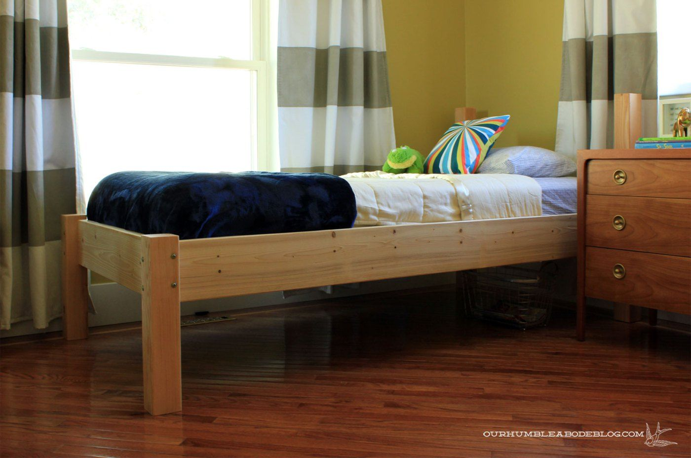 Diy Twin Bed With Complete Instructions With Images Diy Twin