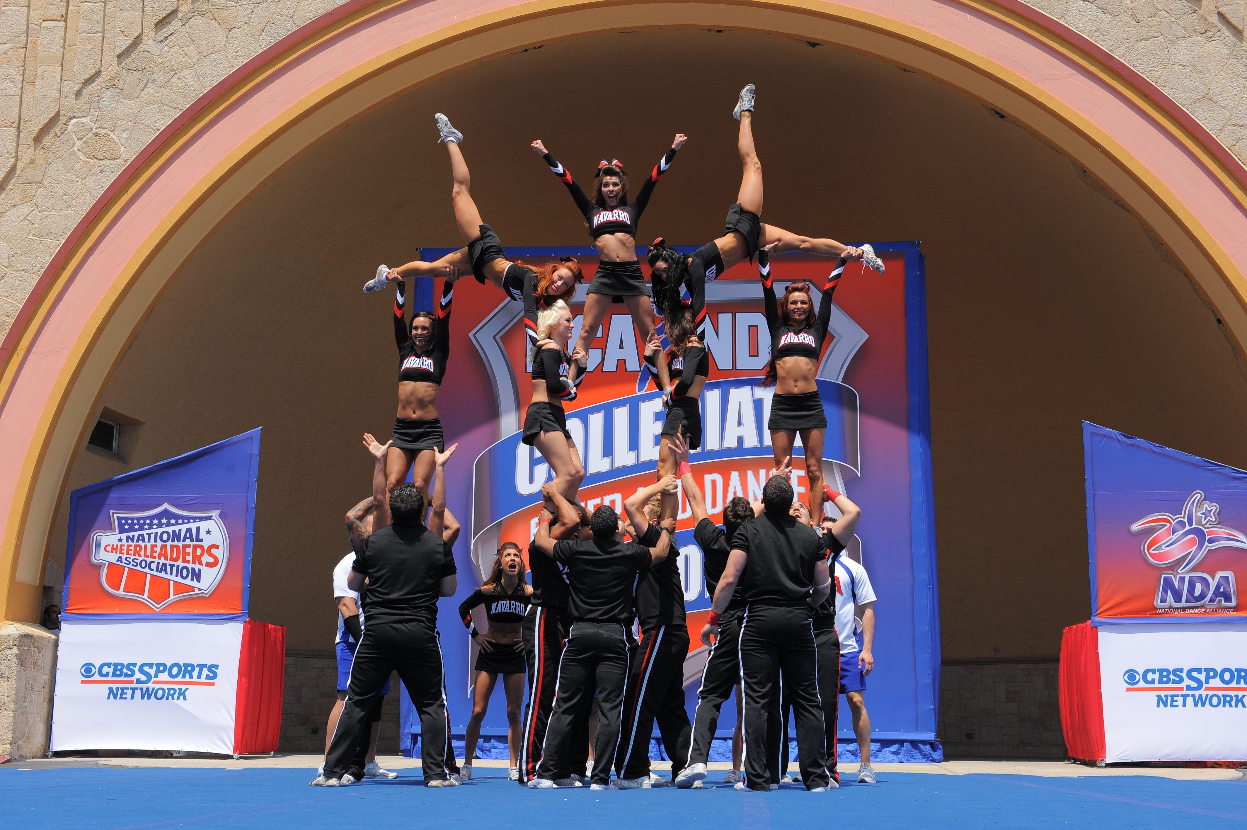 Navarro College Cheer Stunts Cheerleading Cheer Photography