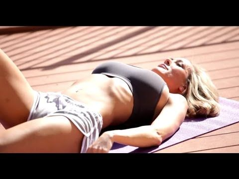 yoga flexible blonde workout in tight leggings fitness