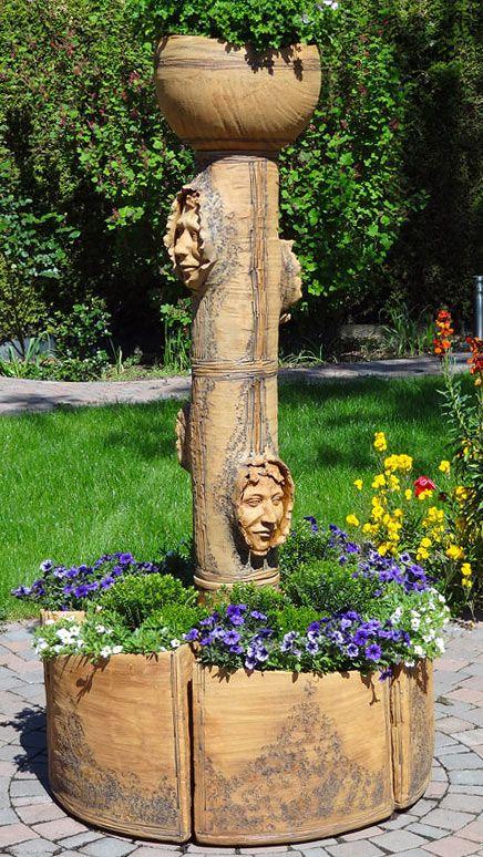 Gartenobjekt aus Keramik - bepflanzt