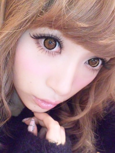 dont you just adore japanese gyaru style makeup features