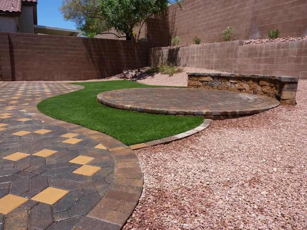 Desert greenscapes water wise landscaping las vegas nv for Water garden landscaping