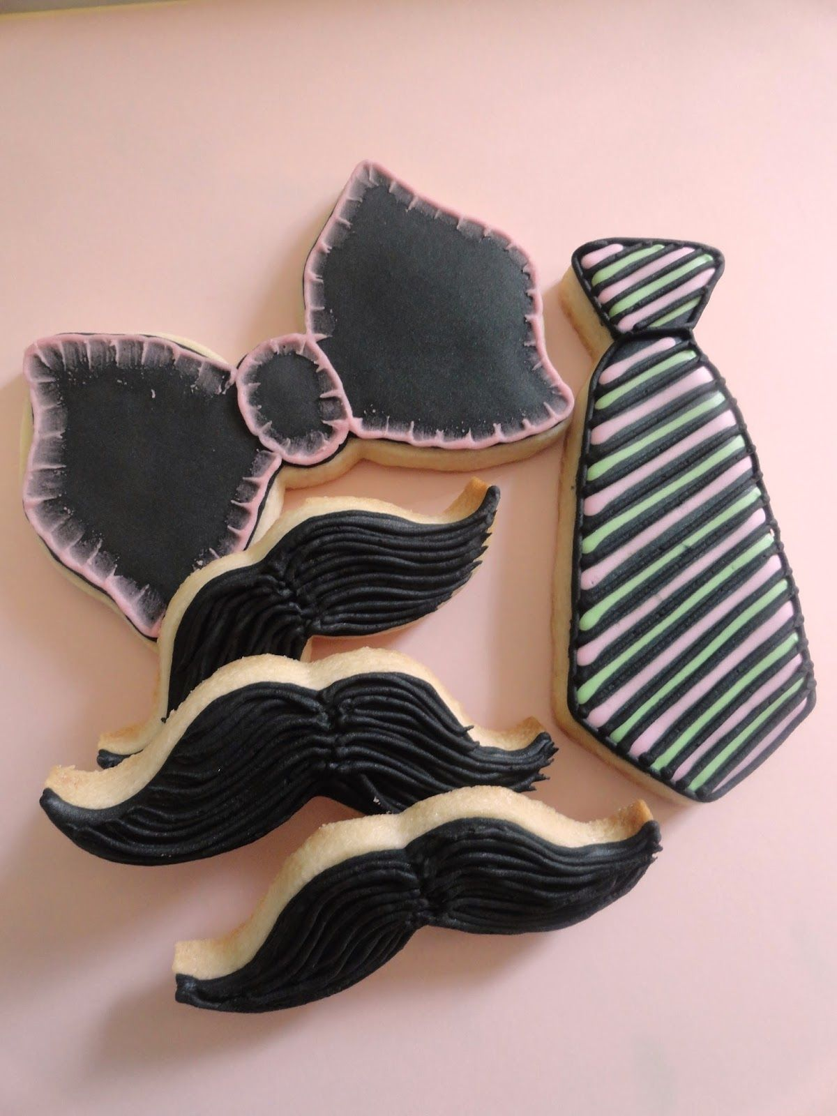 Bow Tie, Mustache and Tie Cookies for Father's Day - Pink Little Cake