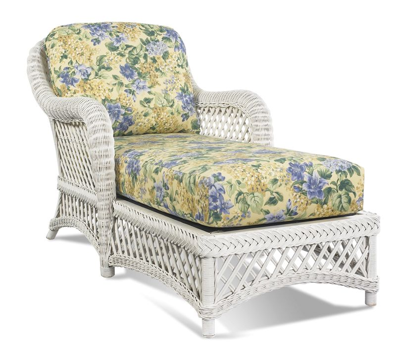 Wicker · White Wicker Chaise ...  sc 1 st  Pinterest : white wicker chaise lounge - Sectionals, Sofas & Couches