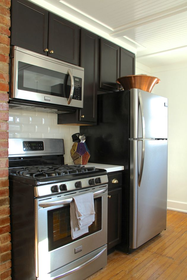 Example Of A 12 Inch Base Cabinet Between A Stove A Fridge Kitchen Kitchen Design Kitchen Time