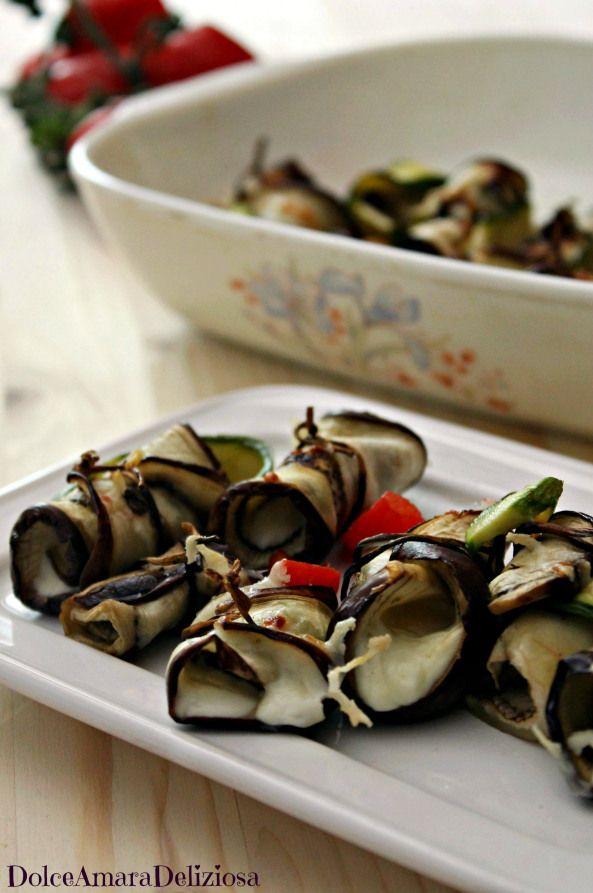 Eggplant rolls with zucchini and stracchino cheese