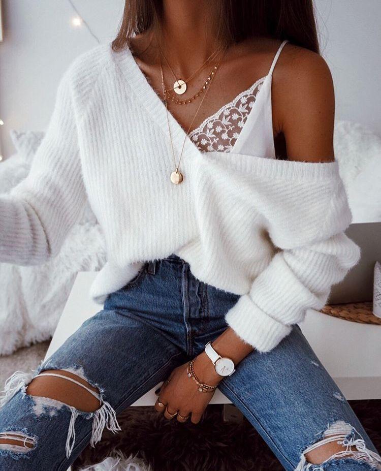 dbb9b2215b1 Off the shoulder jumper, revealing a lace bralette - gorgeous ...