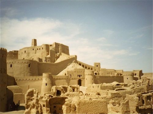 Located in the Kerman Province of Iran, the ancient fortified city of Bam (or Arg-e-Bam) dates back to the Parthian Empire, some 2000 years ago. Moulded out of the red clay of the Dasht-e Kavir desert, the city was permanently abandoned in 1932.
