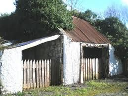 Google Image Result for http://photos.myhome.ie/media/1/0/4/1852401/Ballybeg,%2520Corrandulla%2520-%2520Outhouses_l.JPG