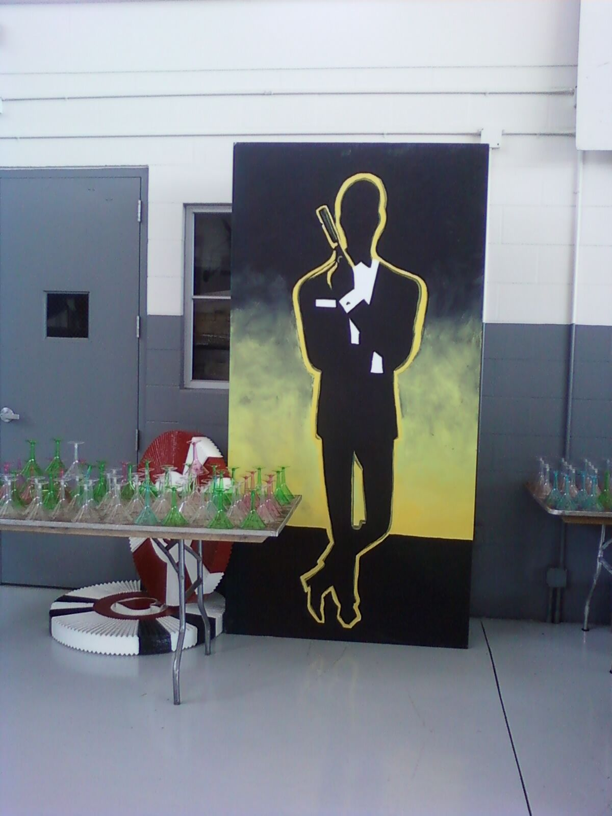 Bond Mural and Casino Chips  #FLeventdecor