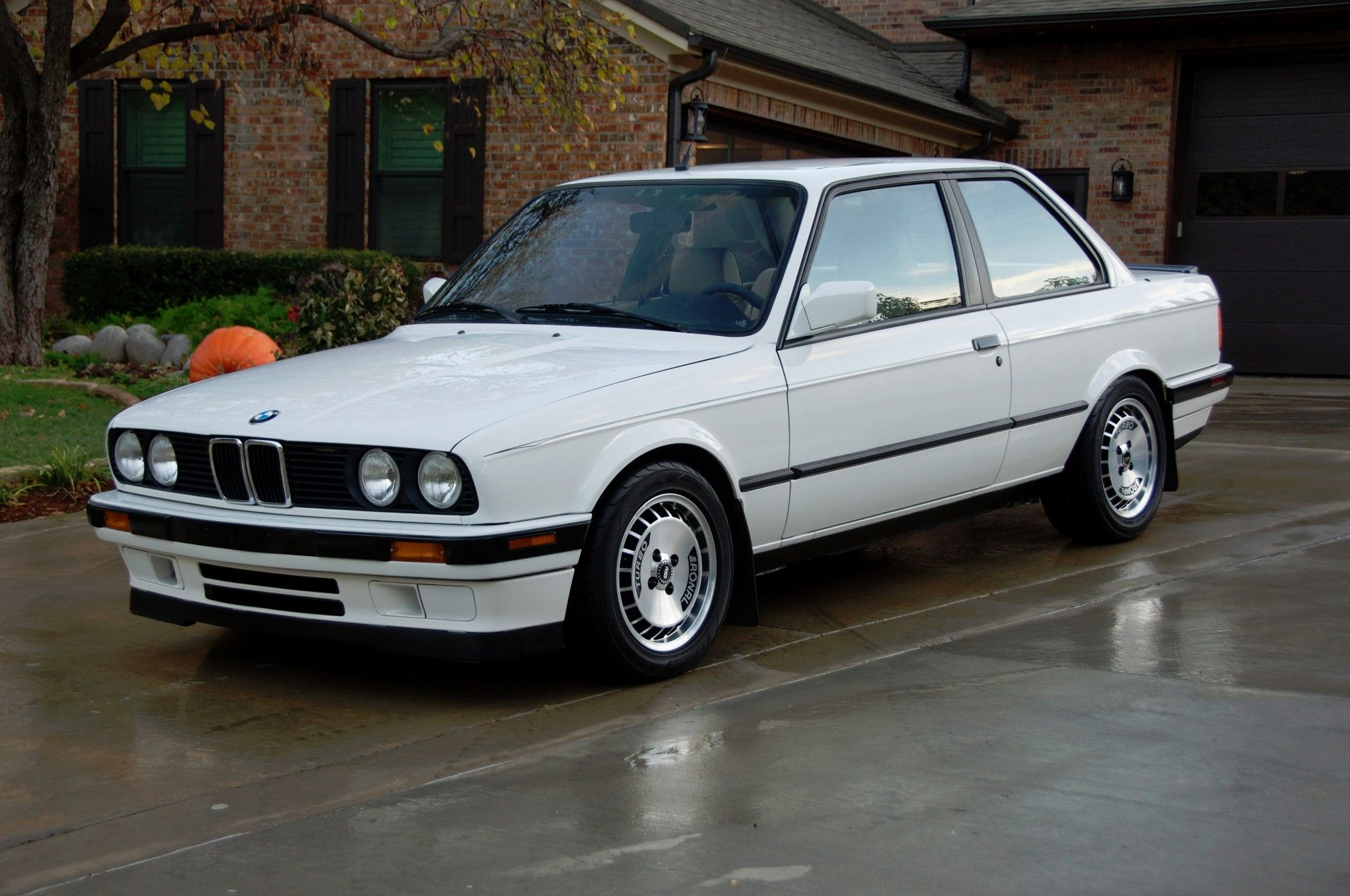 This 1991 BMW 318is is a modified example powered by a 2.3-liter S14  inline-four and 5-speed manual from an E30 M3. Additional work included an  upgraded ...
