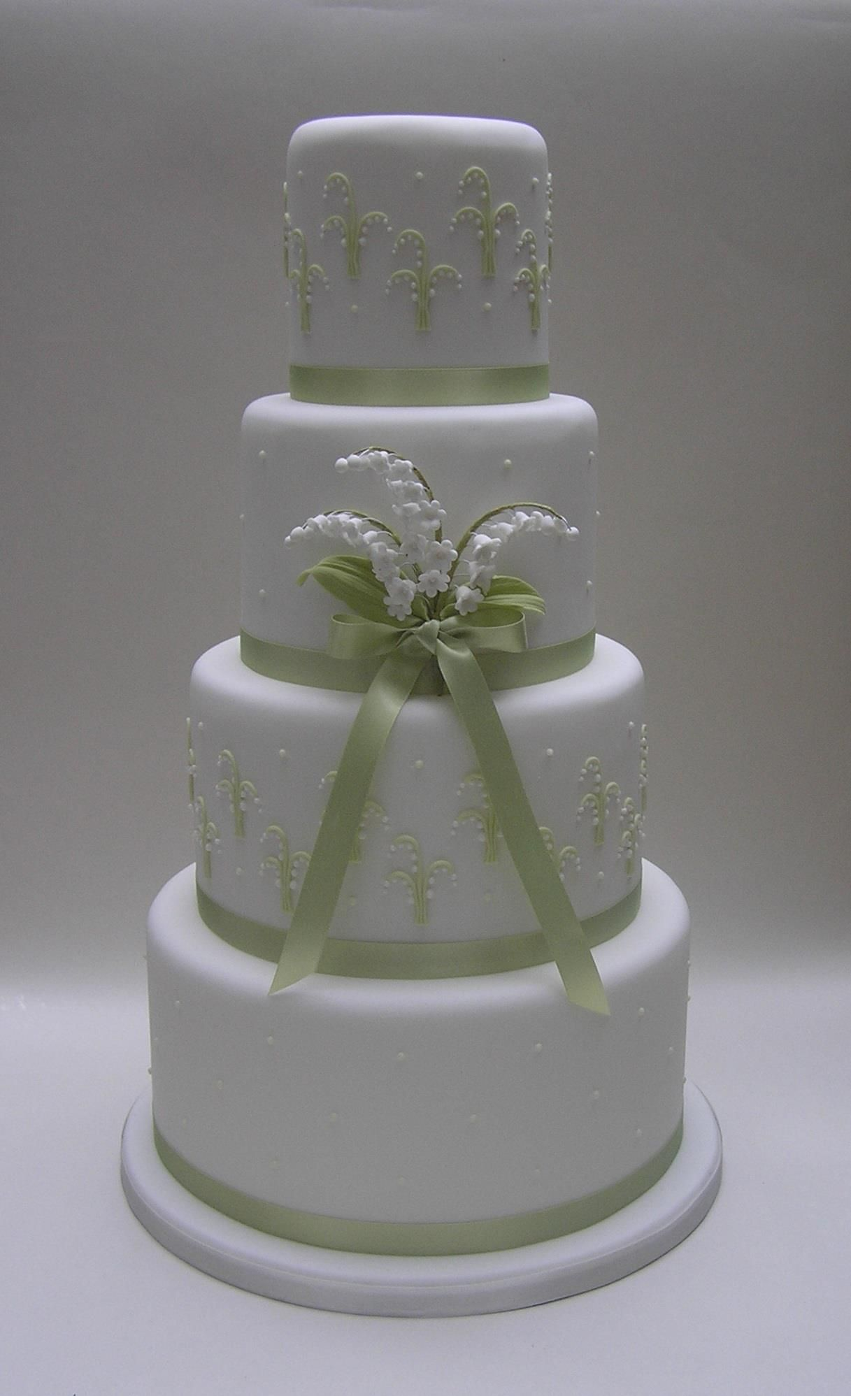 Scrum diddly wedding cakes pinterest cake