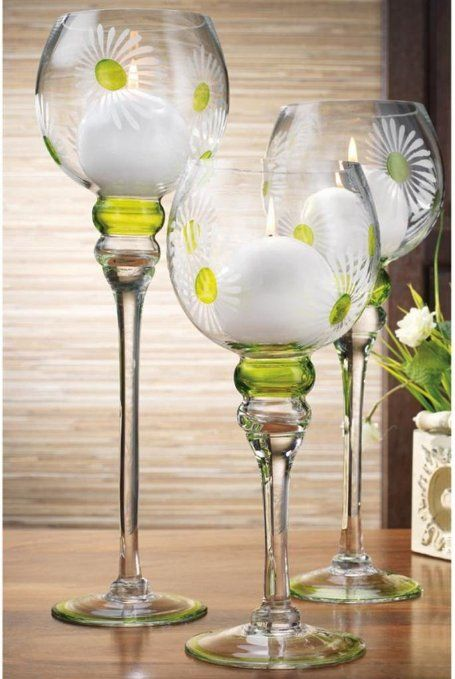 Charmant Set Of 3 Daisy Flower Glass Hurricane Candle Holders ~ Decorative Sphere  Ball Candle Holders ~