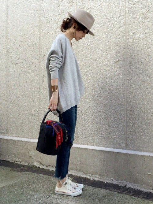 Spick & Spanのショルダーバッグ「≪予約≫【PELLETTERIA VENETA】 レザーバケツバッグ◆」を使ったari☆のコーディネートです。WEARはモデル・俳優・ショップスタッフなどの着こなしをチェックできるファッションコーディネートサイトです。