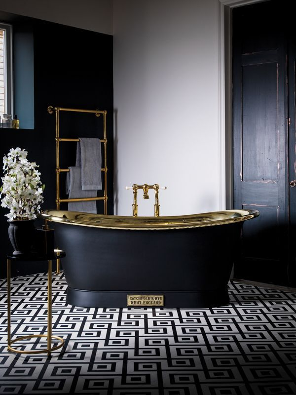 Black-white-gold bathroom, with classic details, but the ...