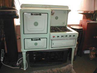 Antique Retro Propane Stove & Oven   just plain cute   Pinterest ...