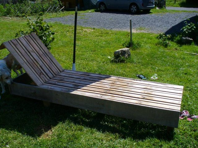 Europaletten recyceln u2013 DIY Möbel aus Holzpaletten - holzpaletten - gartenliege aus paletten selber bauen